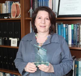 Dr. Meryl Butters Receives the Philip Troen Award